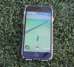 """Pokemon Go"" Interferes With Woodside Students' Productivity"