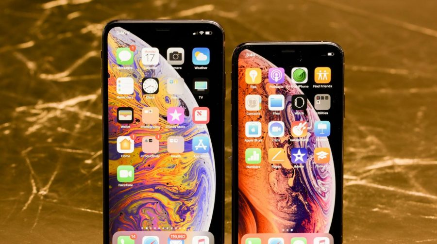 The XS and XR iPhones Make Their Debut