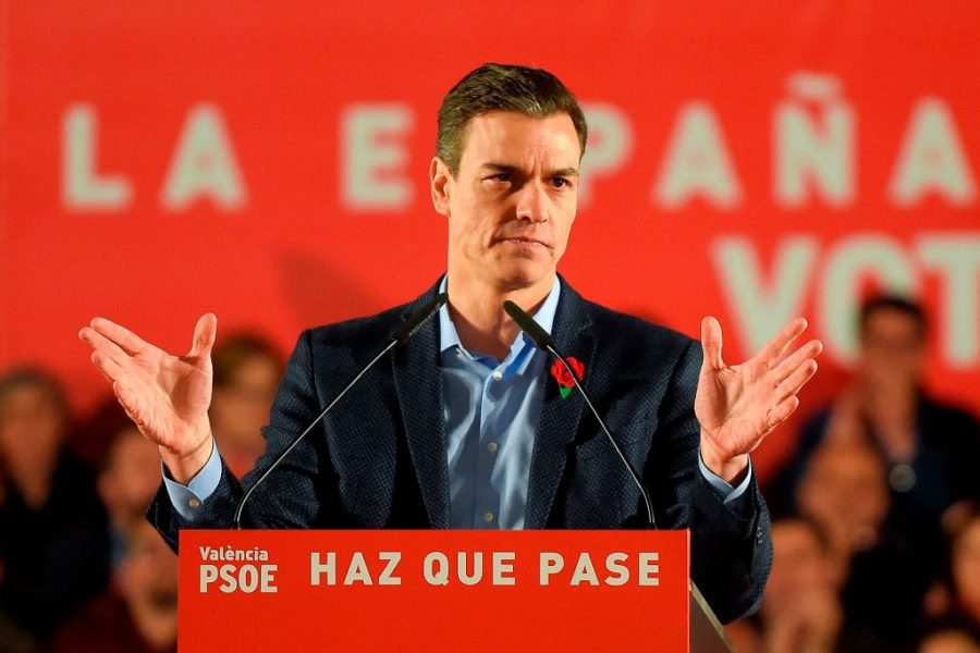 Spanish+Prime+Minister+and+Spanish+Socialist+Party+%28PSOE%29+candidate+for+prime+minister+Pedro+Sanchez+addresses+supporters+during+the+last+campaign+rally+in+Valencia.