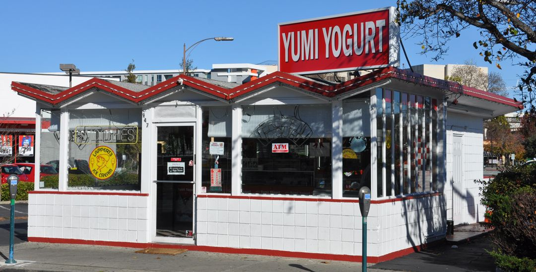Redwood City's Yumi Yogurt, a frozen yogurt business, is now closed.