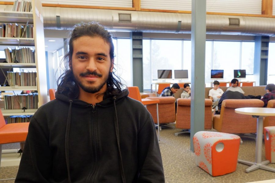 Adam+Ajroudi+from+Tunisia+is+a+current+Woodside+senior.+He+is+trilingual+and+speaks+Arabic%2C+French%2C+and+English.