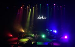 The Paw'dcast: Dodie's Enchanting Performance Lights Up The Fox Theater