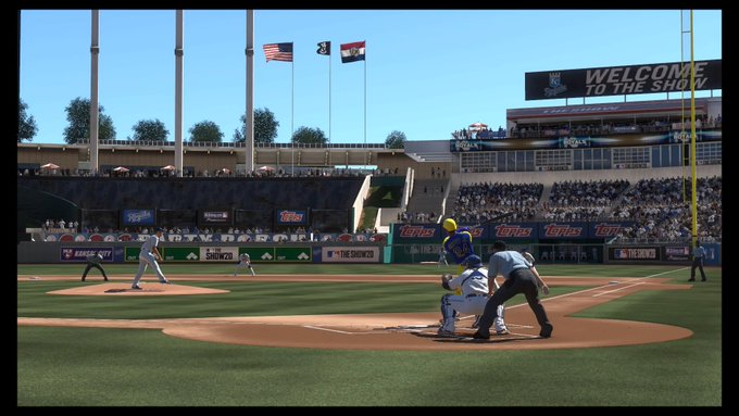 Ken Griffy Jr. hits a home run for my San Jose Ducks in Diamond Dynasty