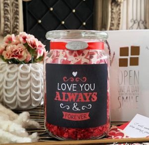 "An example of a  ""love jar"""
